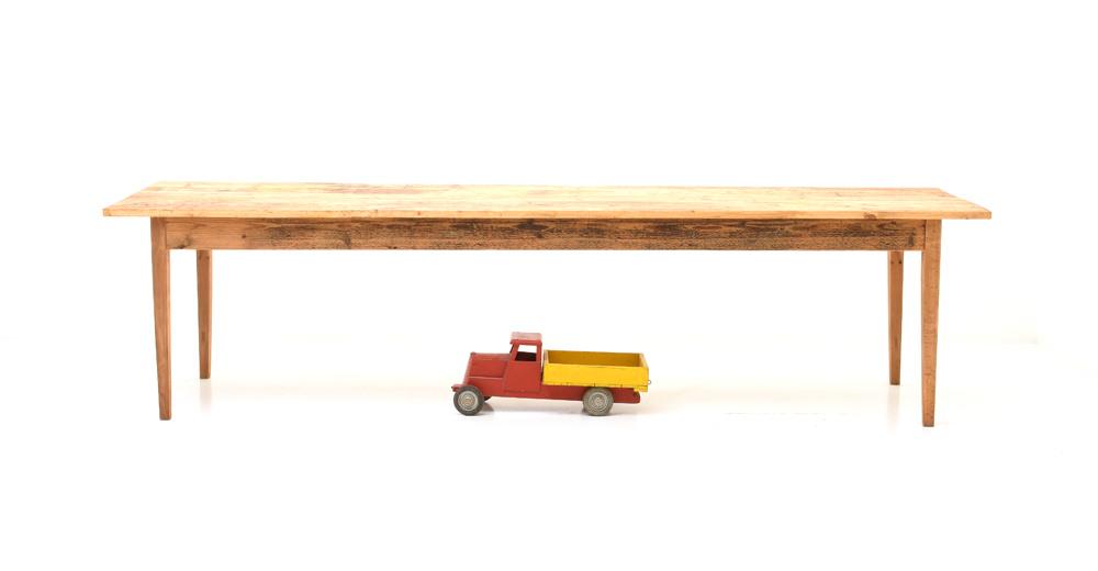 Horgenglarus Und Antike Restaurierte Holztische Und Stühle Viadukt3