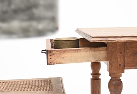 holztisch mit gedrechselten beinen 5707 tische viadukt 3. Black Bedroom Furniture Sets. Home Design Ideas