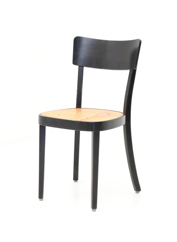 Stuhl holz klassiker affordable sessel klassiker mit for Thonet stuhle ubersicht