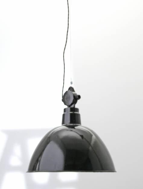 industrieleuchte gross 5227 lampen viadukt 3. Black Bedroom Furniture Sets. Home Design Ideas